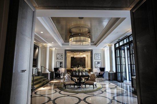 Corinthia Hotel London: reception