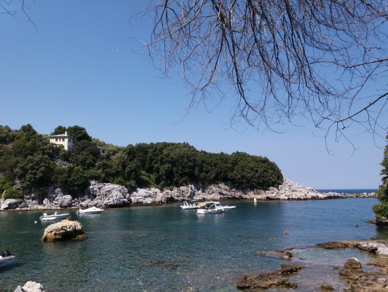 Mouresi, Grecja: Μπάρμπα Στέργιος