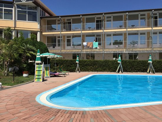 Hotel Ala Bianca: Very clean pool