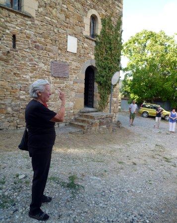 L'appassionata descrizione della signora Elsa Bersani durante una visita guidata