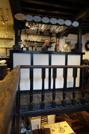 Staminee De Garre: Upstairs