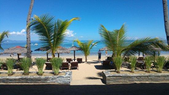Madirokely, Madagaskar: Spiaggia del villaggio