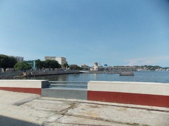 Old Havana, vista desde la Cervecería Antiguo Almacés de Madera
