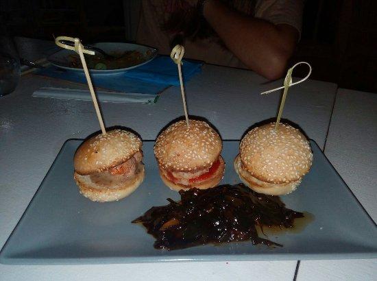 Restaurante Sa Gavina Mediterraneo Oriental: Mini burguers