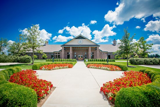 Versailles, KY: The Stallion Barn at WinStar Farm