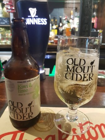 Crook, UK: Kiwi and Lime Old Mout very refreshing