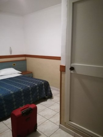 IMG-20170823-WA0034_large.jpg - Picture of Hotel Soggiorno Blu Roma ...