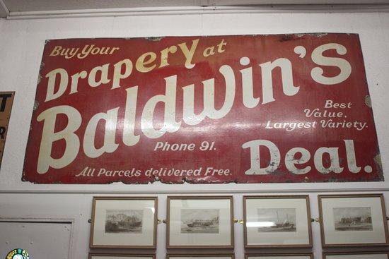 Deal, UK: Shop sign