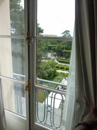Waldorf Astoria Trianon Palace Versailles : Balcony View