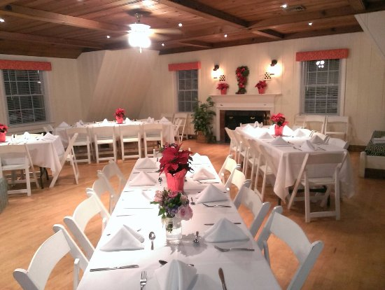Morehead Manor Bed And Breakfast Carriage House Wedding Reception