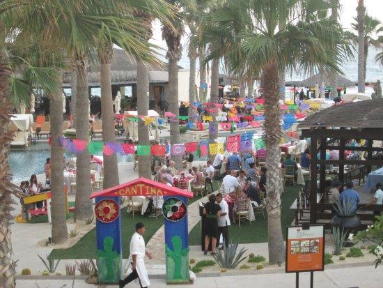 Grand Solmar Land's End Resort & Spa : Mexican Fiesta Evening. Wonderful Festive Entertainment
