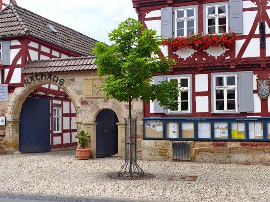 Wanfried, Duitsland: Eingabgstor zum Rathaus