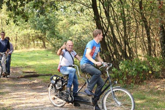 Veluwe Specialist Hoenderloo: Een fietstocht is nog leuker met de tandems