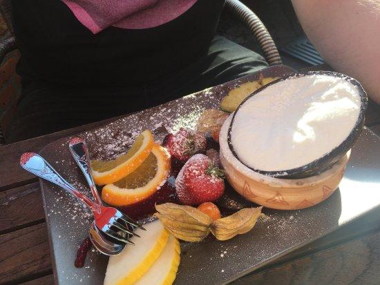 Cafe Zikke: Sehr, sehr süßes Café! Leckere Speisen und Getränke und die Bedienung ist sehr freundlich.