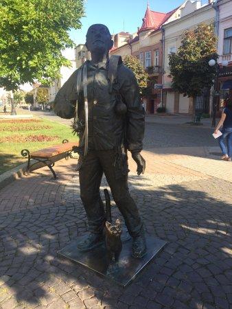 Памятник трубочисту)