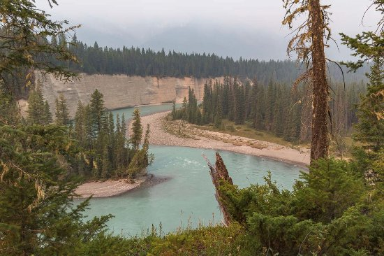 Nipika Mountain Resort: View of Kootenay River from Nipika hiking trails