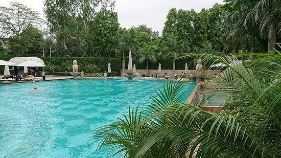 La piscine picture of the imperial hotel new delhi for La piscine review