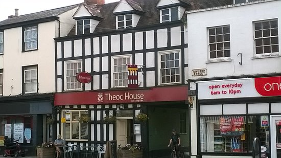 Tewkesbury, UK: The Theoc House