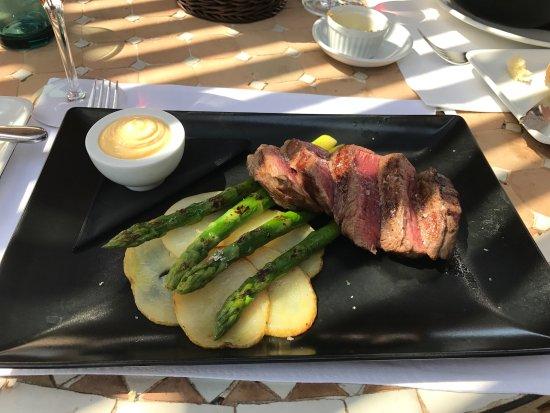Wok de tallarines con langostinos y pollo bild fr n for Solomillo de buey