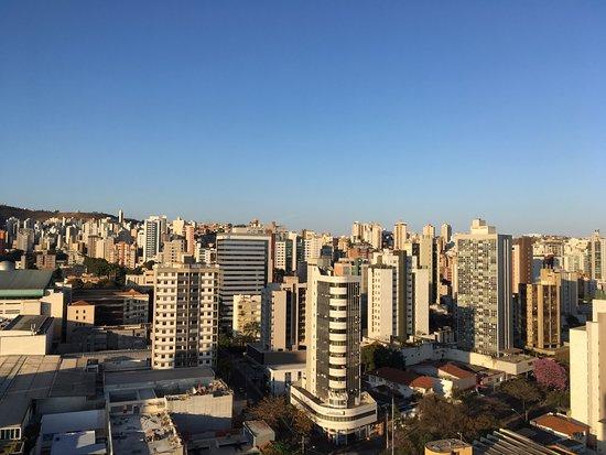 Max Savassi Apart Service: vista da varanda