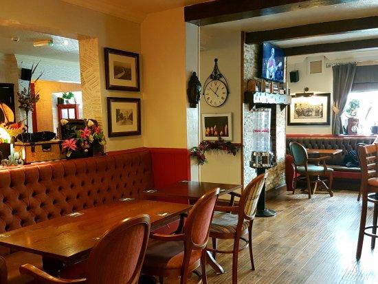 Hyde, UK: Bar seating.