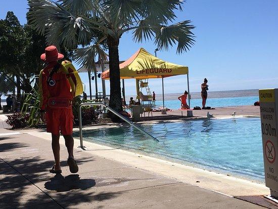 Cairns Esplanade Swimming Lagoon: photo2.jpg