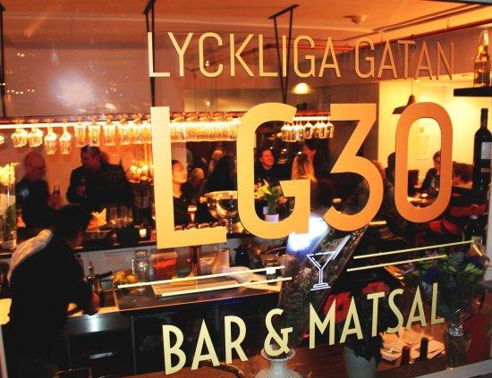 Solna, Suécia: Bar utifrån