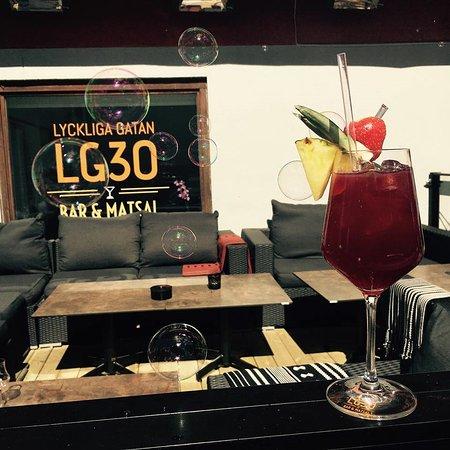 Solna, Suécia: Loungedel uteservering