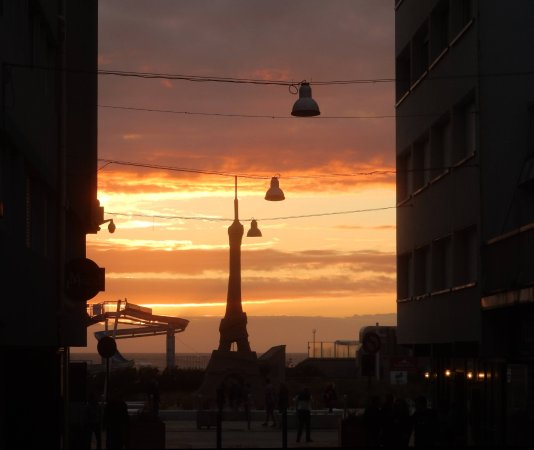 Rue St. Jean: Sunset from rue St Jean