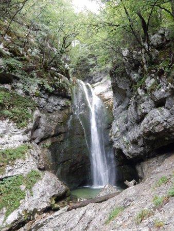 Srednja vas v Bohinju, Slovenien: La cascata