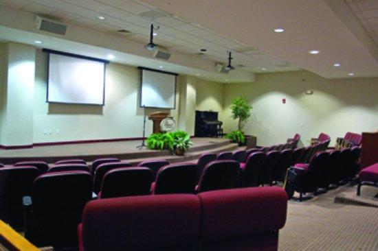 Ridgecrest, NC: Jim Henry Auditorium