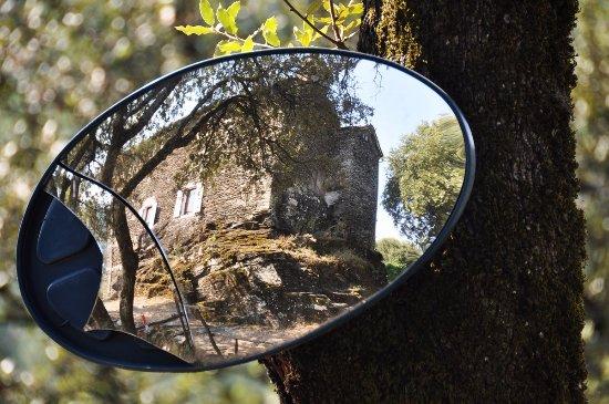 Saint-Julien-des-Points, فرنسا: vue dans un miroir