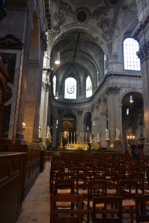 Eglise Saint-Sulpice : Vista interior