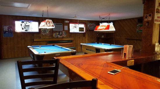 The Sky Box Sports Bar: Pool Tables