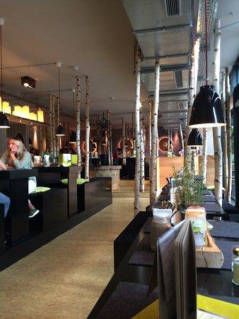 hans im gl ck burgergrill m nchen nymphenburg nymphenburger stra e 69 restaurant. Black Bedroom Furniture Sets. Home Design Ideas