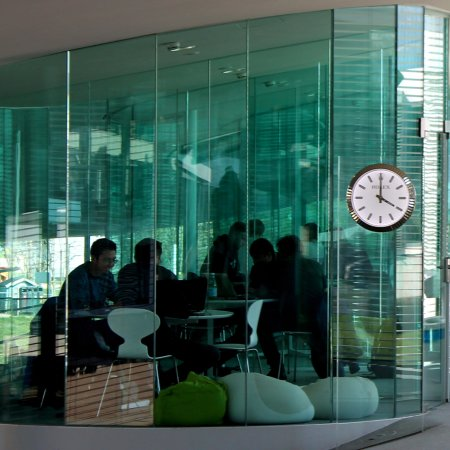 Rolex Learning Center EPFL : A study room