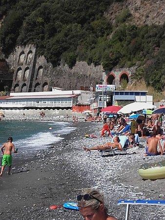Spiaggia bagno la secca - Picture of Bagni La Secca, Moneglia ...