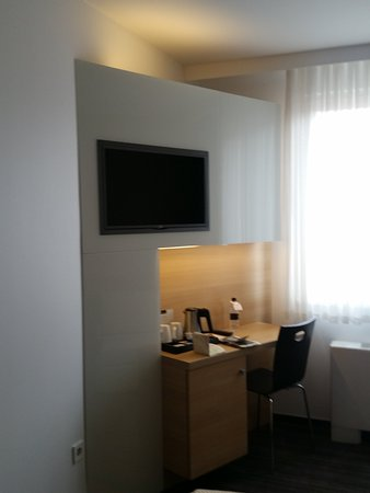 Ahotel Hotel Ljubljana: 20170821_130615_large.jpg