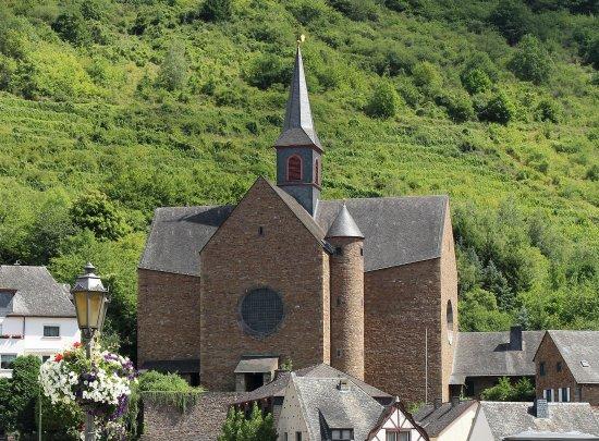 Pfarrkirche St. Remaclus