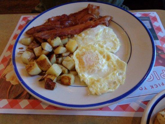 Bob Evans: eggs and bacon