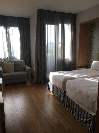 NH Firenze: Room 335