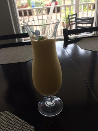 Elegance Cafe: Mango Smoothie