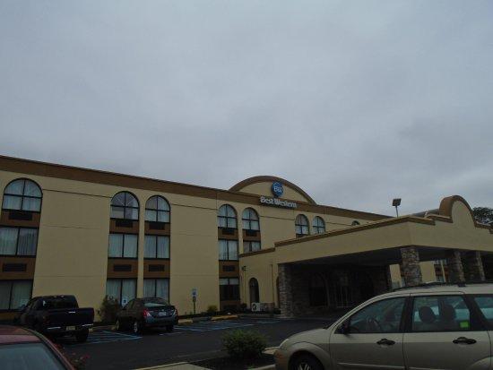 Best Western Hazlet Inn Picture