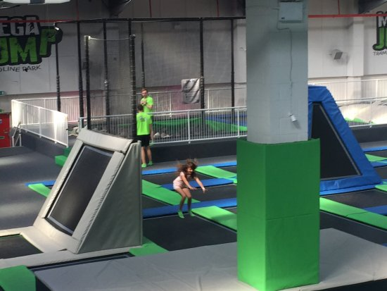 MegaJump Trampoline Park : photo1.jpg