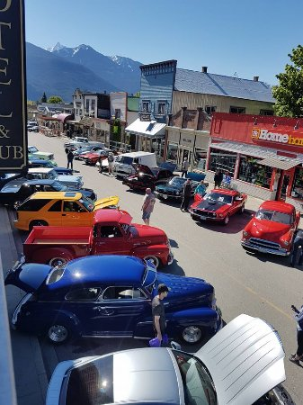 The Kaslo May Days Show and Shine 2017 just getting started.
