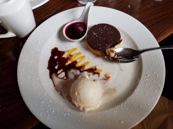 An Sugan: Salted Caramel Chocolate Tart