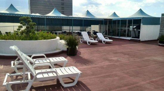 Hotel Fontan Reforma: Terraza
