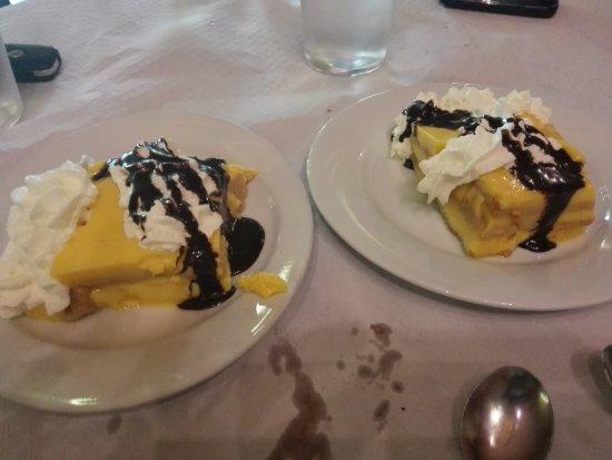 Sidreria el Bosque Trubia: tarta de natillas en el menú, buenísima