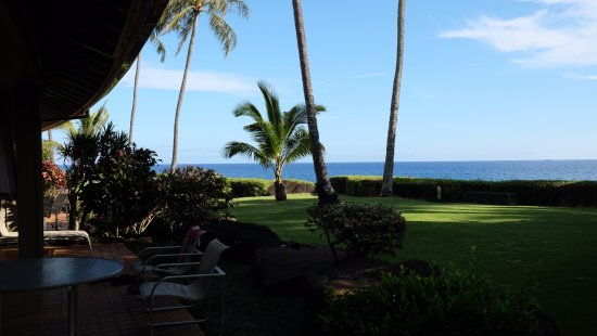 Whalers Cove Oceanfront Resort: view from the lanai