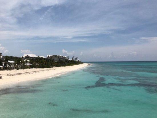 Compass Point Beach Resort照片